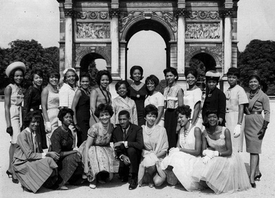 Students of the Grace Del Marco Agency in Paris